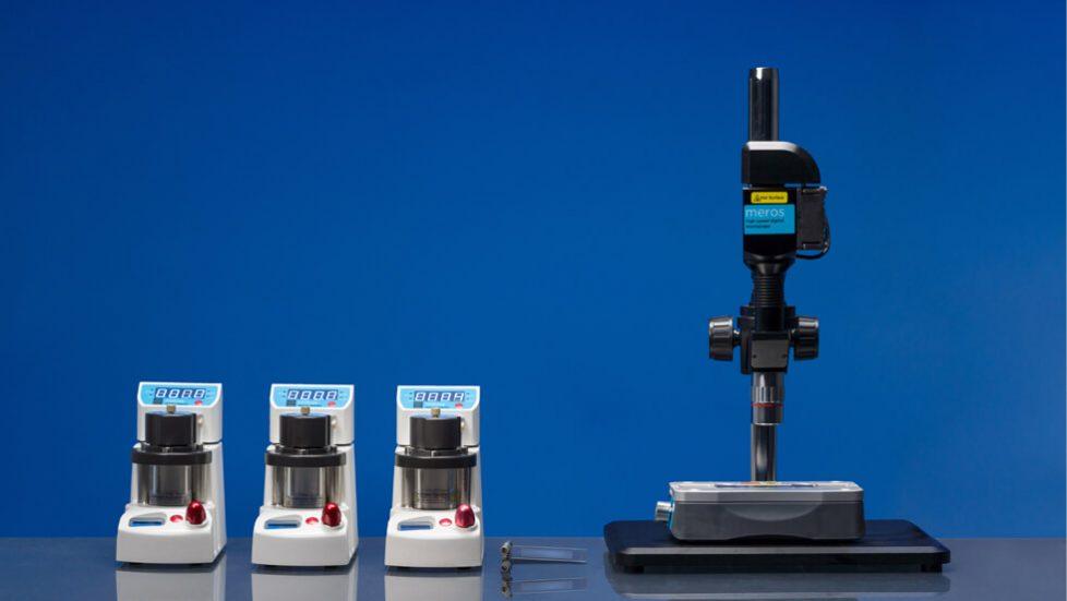 Microfluidic Porous Media System